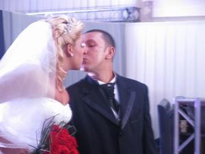 Casamento surpresa marcou Feira de Noivas em Santos, SP (Foto: Rodrigo Martins/ G1)