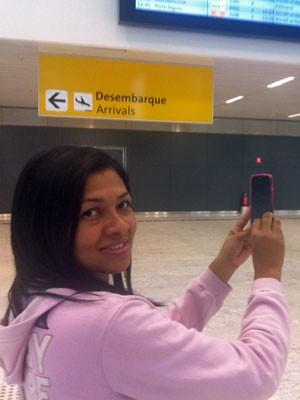 Joseane Santos, de 29 anos, moradora de Guarulhos, pegou ônibus para conhecer novo terminal. (Foto: Tatiana Santiago/G1)