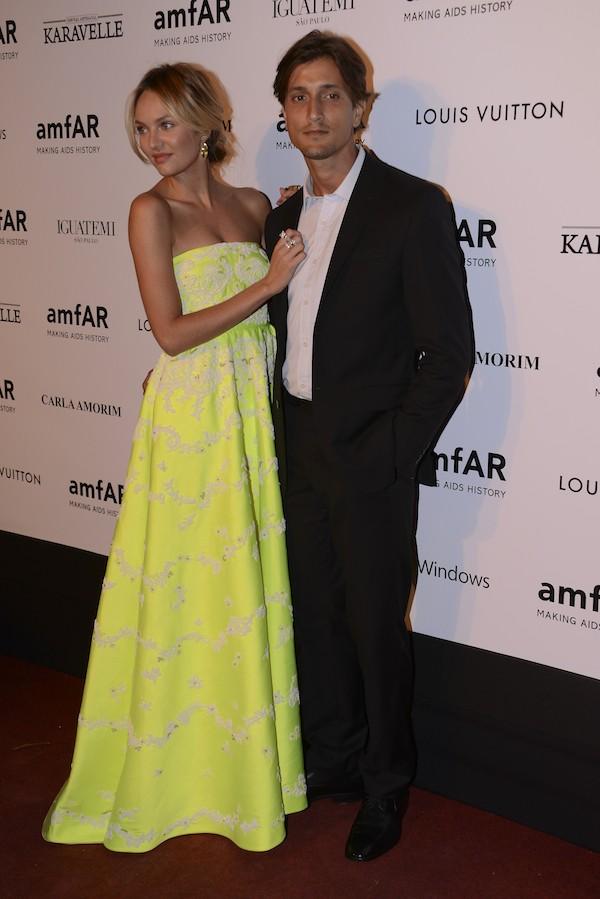 A modelo Candice Swanpoel com o marido, o modelo brasileiro Hermann Nicolli (Foto: Getty Images)
