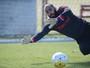 Emoção à prova: por afirmação, Danilo reencontra Sport na 1ª vez no Beira-Rio
