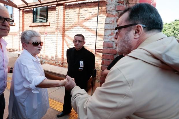 Velório Hector Babenco - Tony Ramos e Maria Adelaide Amaral (Foto: Rafael Cusato e Manuela Scarpa/ Brazil News)
