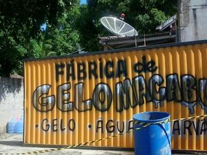 Fábrica de gelo foi interditada em Conceição de Macabu, RJ (Foto: Luan Santos/ Arquivo Pessoal)