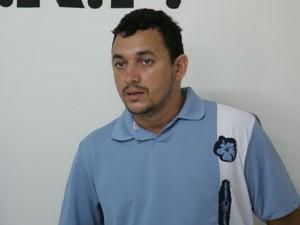 Alex Gardenal é considerado um dos homens mais procurados do Ceará pela polícia (Foto: Cid Barbosa/Ag. Diário)