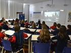 Alunos de Porto Alegre são formados com certificação de Cambridge