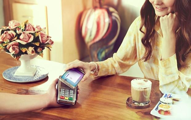 Samsung também introduziu sistema de pagamento concorrente ao Apple Pay (Foto: Divulgação/Samsung)