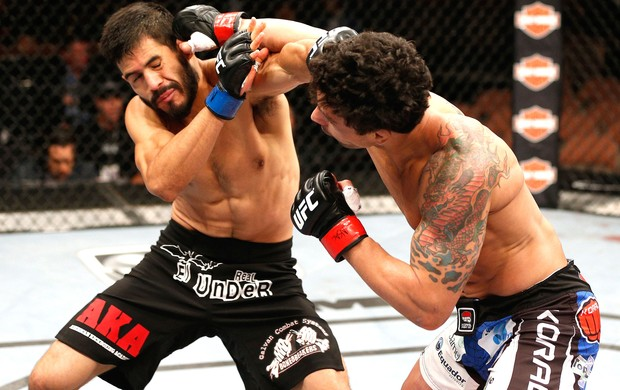 Adriano Martins e Juan Maneul Puig Carreon TUF 19 Finale (Foto: Getty Images)