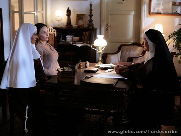 Madre Superiora aceita ter Doralice no convento (Foto: Flor do Caribe / TV Globo)