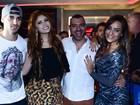 Vagner Lara festeja aniversário com outros ex-BBBs