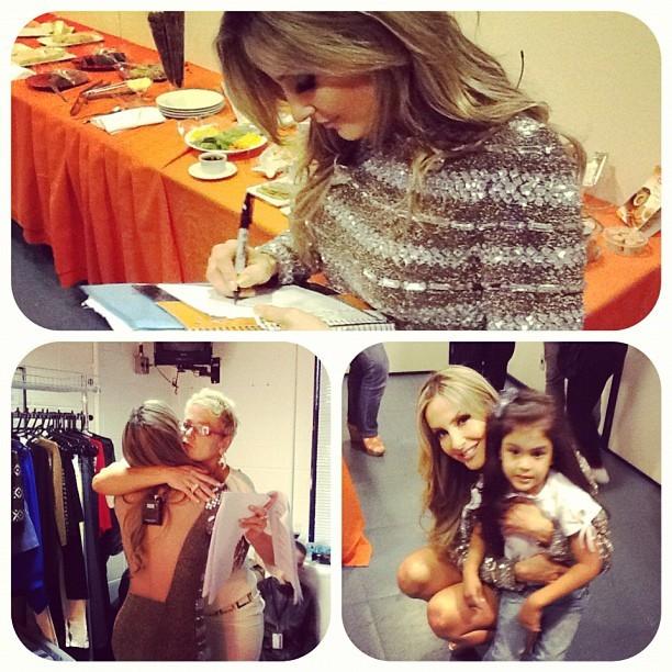 Claudinha Leitte nos bastidores do TV Xuxa (Foto: Reprodução/Facebook)