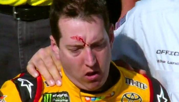 Kyle Busch sai sangrando após a briga com Joey Logano na Nascar