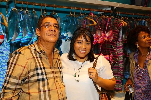 Zeca Pagodinho com a filha (Foto: Marcello Sá Barreto / AgNews)