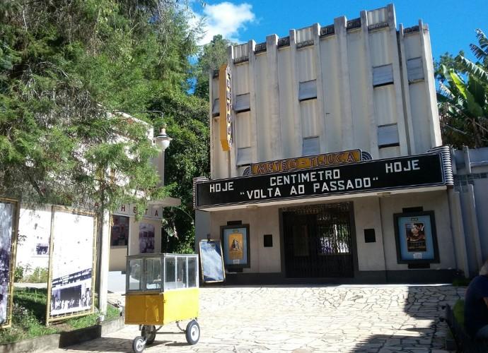 Quem visita Conservatória, faz uma volta ao passado vistando a réplica do Cine Metro da Tijuca (Foto: Rio Sul Revista)