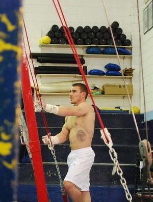 Arthur Zanetti, em treino em São Caetano do Sul (Foto: Marcos Guerra)