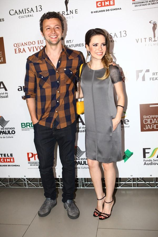 Lucas Lima e Sandy na pré-estreia de Quando eu Era Vivo (Foto: Iwi Onodera / EGO)