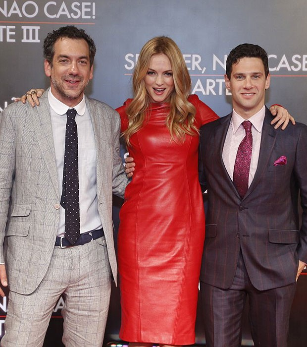 O diretor Todd Phillips, Heather Graham e Justin Bartha (Foto: Alex Palarea/Roberto Filho/AgNews)