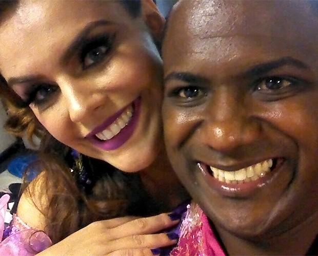 Paloma Bernardi recebe apoio de seu parceiro no 'Dança', Patrick (Foto: Arquivo Pessoal)