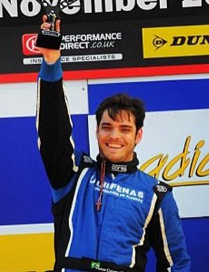 Piloto Victor Corrêa está a um passo de título na Europa (Foto: Arquivo pessoal)