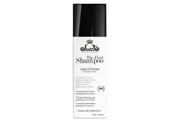 Alisamento capilar: Conheça o primeiro shampoo que alisa o
