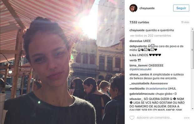 Chay Suede faz post com foto de Laura Neiva e fãs especulam que atores voltaram a namorar (Foto: Reprodução/Instagram)