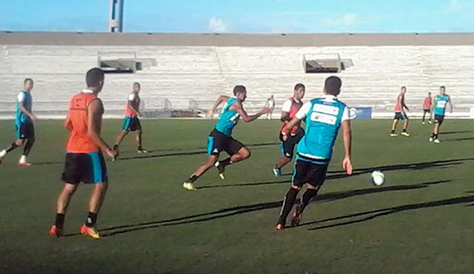 Treino do Botafogo-pb, no estádio Almeidão (Foto: Divulgação / Botafogo-PB)