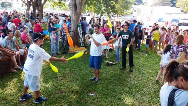 Os londrinenses se divertiram pra valer com o RPC na Praça (Foto: Divulgação/RPC)