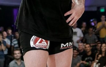 Chael Sonnen planeja retorno ao UFC, se não falhar em exame antidoping
