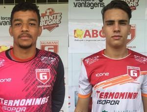 Goleiro Jori e atacante Vitor Ruas, jogadores Guarani-MG (Foto: Guarani-MG/Divulgação)