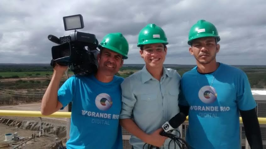 Equipe da TV Grande Rio viajou pelo Sertão de PE (Foto: Arquivo Pessoal)