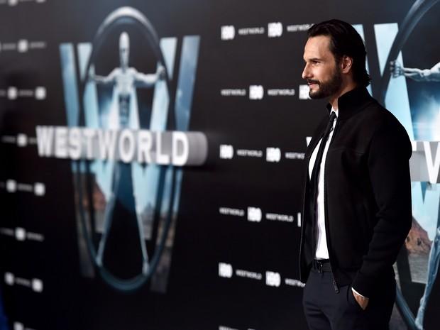 Rodrigo Santoro em première em Los Angeles, nos Estados Unidos (Foto: Alberto E. Rodriguez/ Getty Images/ AFP)