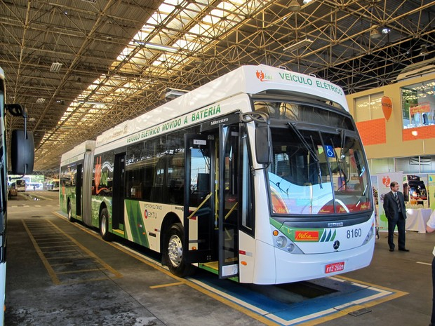 ônibus elétrico a bateria (Foto: Rafael Miotto/G1)