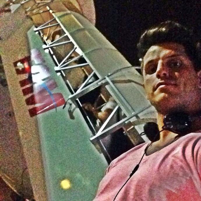 Fernando Fernandes faz desabafo após ser impedido de embarcar em voo da Tam (Foto: Reprodução / Facebook)