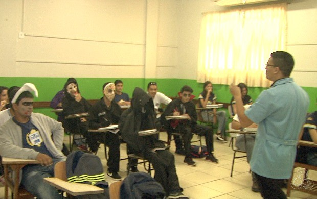 Candidatos devem trabalhar a prova com tranquilidade, disse o professor Marcos Wisley (Foto: Acre TV)