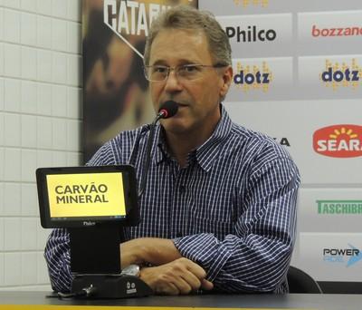 Carlos Kila executivo de futebol Criciúma (Foto: João Lucas Cardoso)