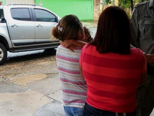 Criminoso rouba caminhonete na porta de escola e leva crianças em Goiânia (Foto: Divulgação/Polícia Militar)