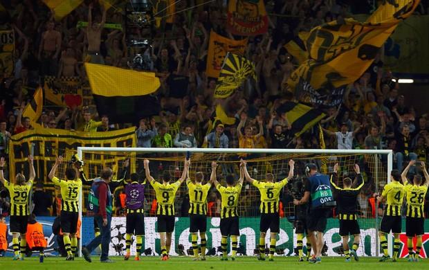 Borussia Dortmund celebra vitória sobre Real Madrid (Foto: Reuters)