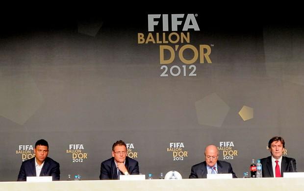 ronaldo jerome valcke joseph blatter bola de ouro (Foto: Marcelo Baltar / Globoesporte.com)