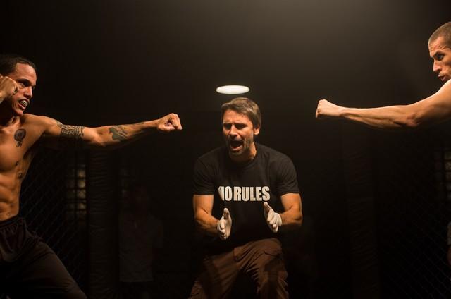 Murilo Rosa na série 'Rio Heroes' (Foto: Divulgação)