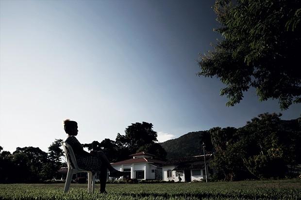 O DESAFIO DE PARAR Luciana na clínica em que está internada.  É seu terceiro tratamento  em dois anos  (Foto: André Valentin/ÉPOCA)