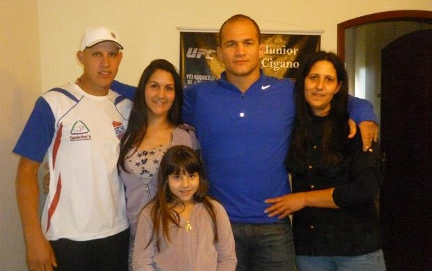 Júnior Cigano família (Foto: Arquivo pessoal)