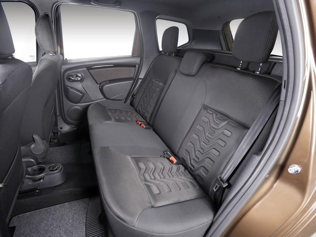 Espaço interno agrada no Renault Duster (Foto: Divulgação)
