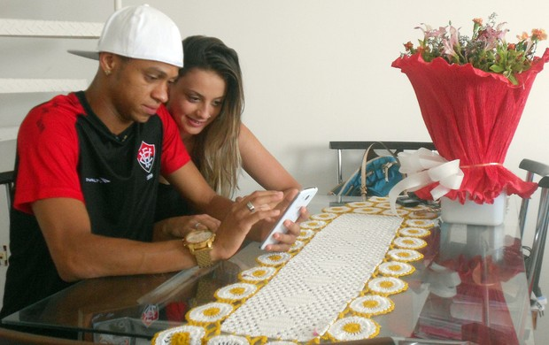 Willian Henrique; Vitória (Foto: Raphael Carneiro)