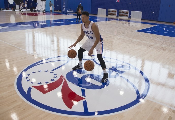 Ben Simmons, do Philadelphia 76ers, foi a primeira escolha do draft de 2016, mas se machucou (Foto: Getty Images)