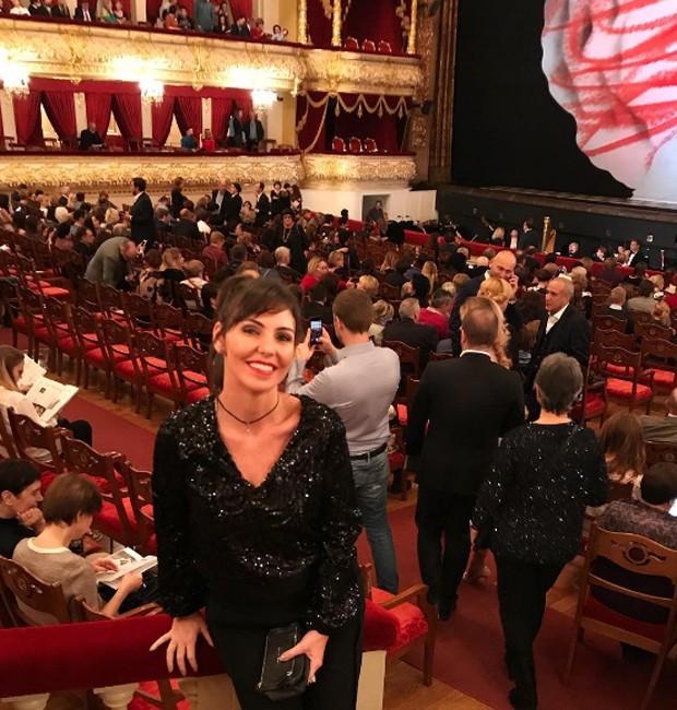 Glenda Kozlowski no Teatro Bolshoi, em Moscou (Foto: Reprodução/Instagram)