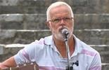 Roberto Mendes conta que o  samba nasceu na Bahia, em 1850