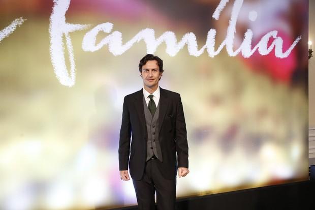 Gabriel Braga Nunes na festa de lançamento da novela Em Família (Foto: Felipe Panfili, Felipe Assumpção e Leo MarinhoAgNews)