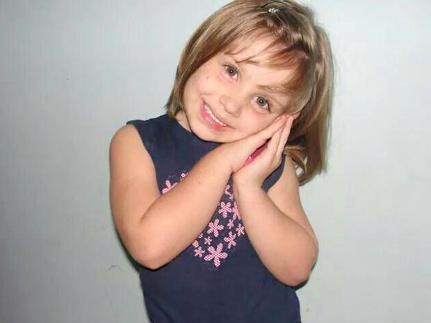 Samila, 5 anos, morreu após receber medicação, diz família (Foto: Alessandra Barbosa da Silva/ Arquivo Pessoal)