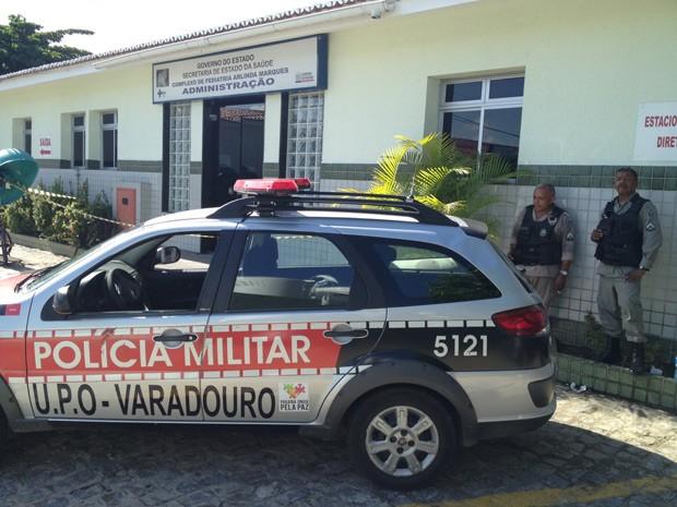 Violação ao equipamentoa aconteceu na setor administrativo da unidade hospitalar (Foto: Walter Paparazzo/G1)