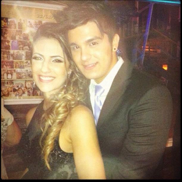 Luan Santana posta foto com a namorada (Foto: Instagram / Reprodução)