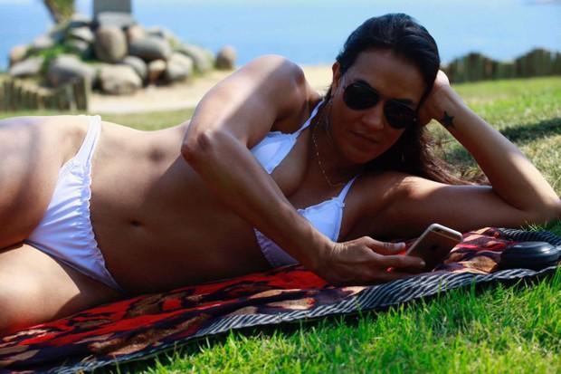 Erica Paes, lutadora de MMA e musa da Grande Rio (Foto: Marisa Fonseca/Divulgação)
