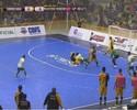 Jogador do Sorocaba evita o gol duas vezes e tira baliza do lugar na LNF; veja